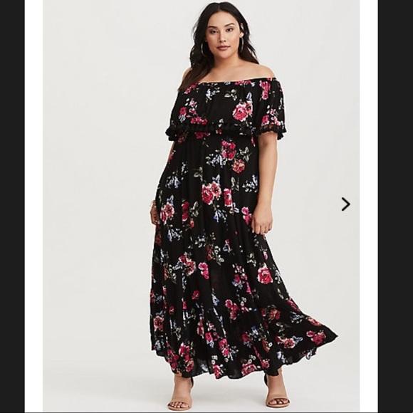 860a00b831a ❗️SALE❗️Torrid Floral Challis Maxi Dress